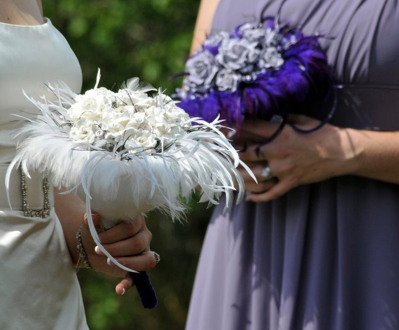 Unique Bridal Bouquet I simply LOVE this idea Chic different and lasts